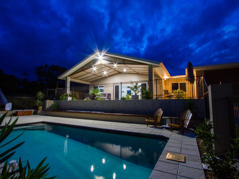 4 Seaview, Agnes Water, Qld 4677