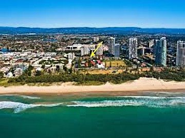 Unit 5, 7 Surf Parade, Broadbeach