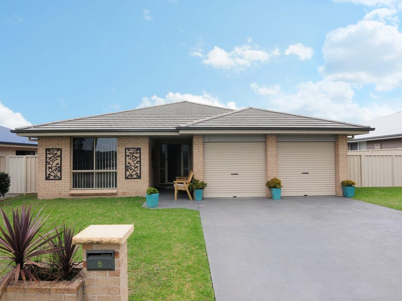 5  The Garden Walk, Worrigee, NSW 2540
