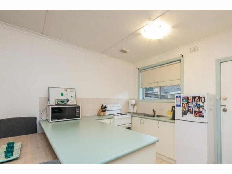 2 188 Broadway Reservoir Vic 3073 Unit For Rent 425521338