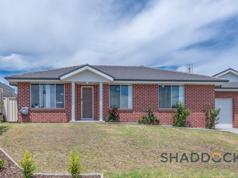 1/165 McMahon Way, Singleton, NSW 2330