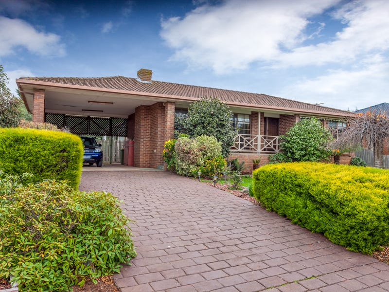 22  Jinker Way, Romsey, Vic 3434