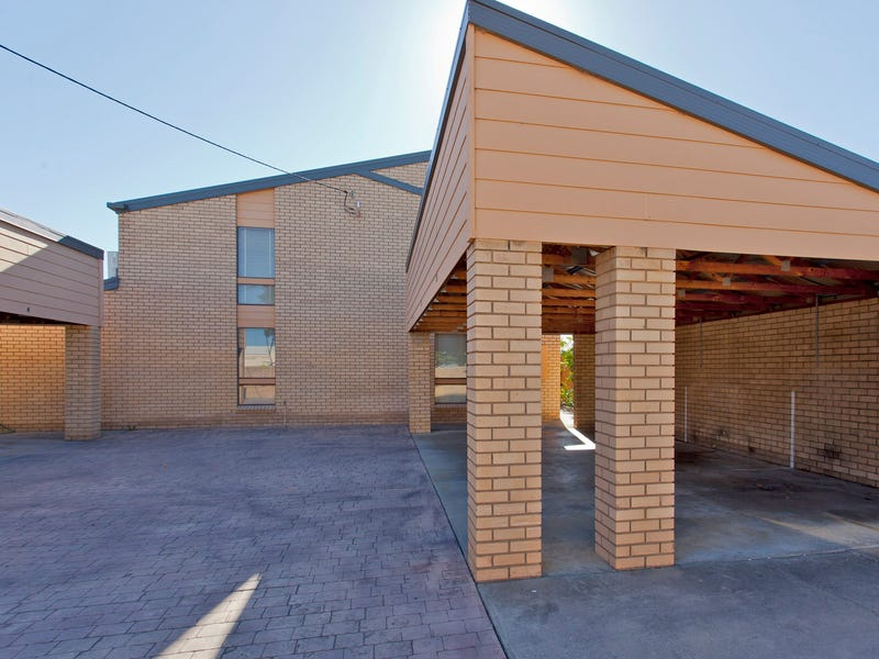 4/486 Breen Street, Lavington, NSW 2641