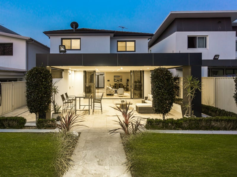 136a Old Kent Rd, Greenacre, NSW 2190
