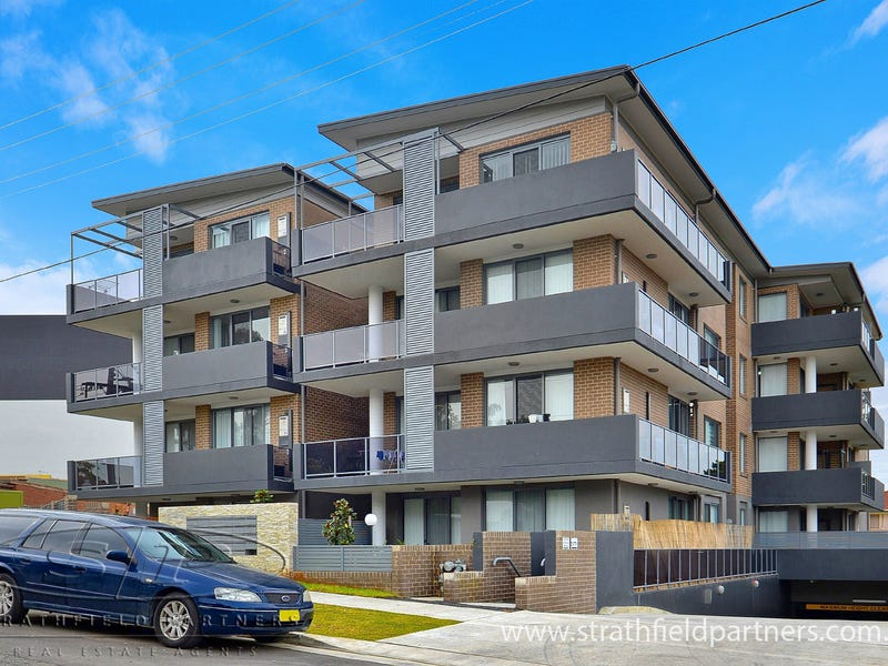 8/2-4 Belinda Place, Mays Hill, NSW 2145