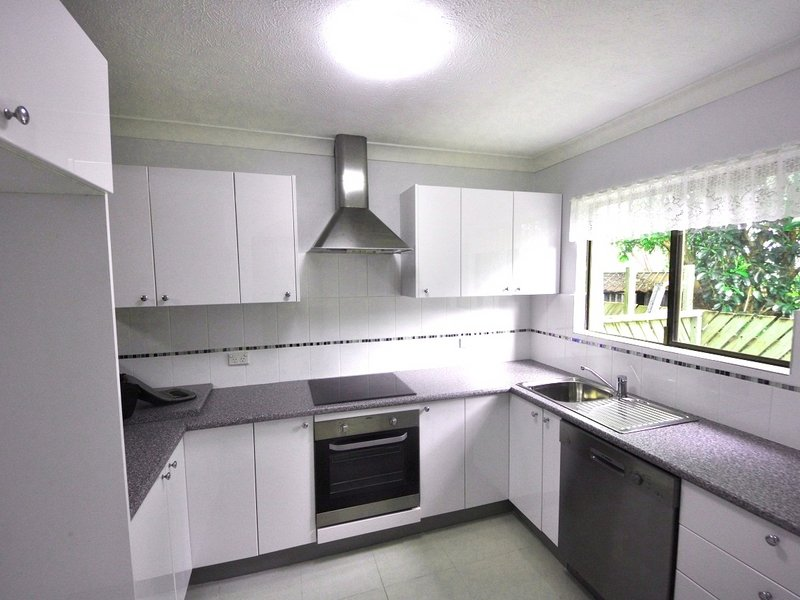 Unit 5,33 Scenic Highway, Lammermoor, Qld 4703