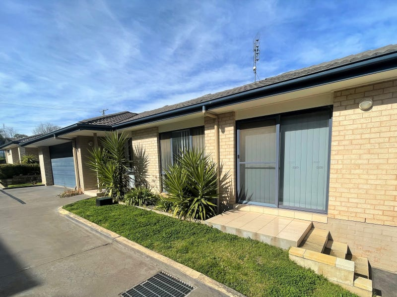 13/157 William Street, Young, NSW 2594