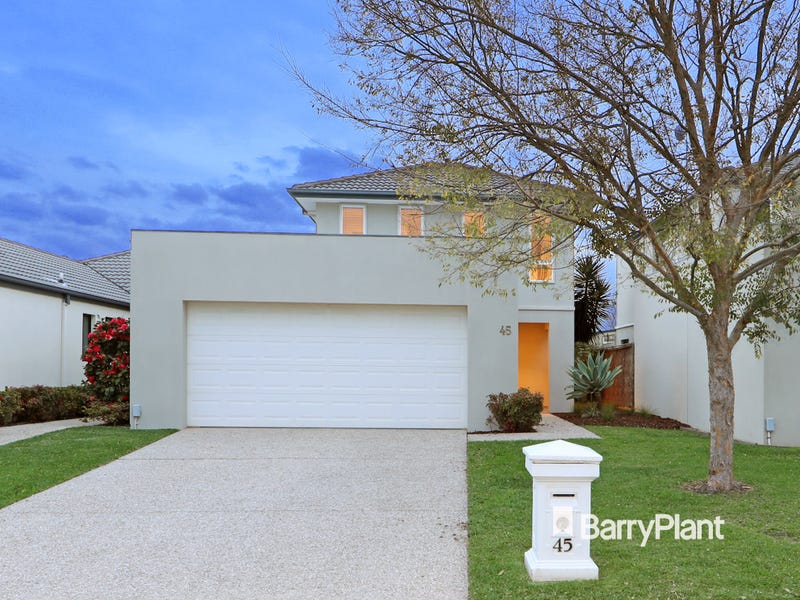 45 Sovereign Manors Crescent, Rowville, Vic 3178