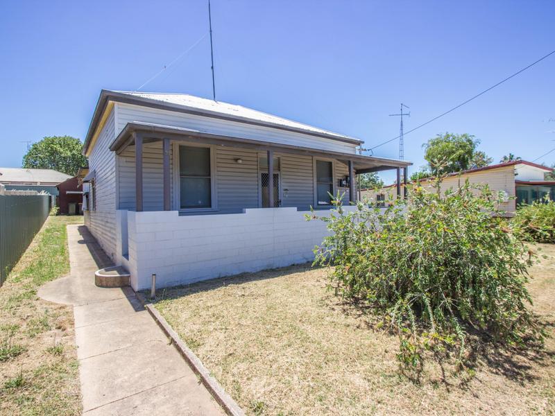 39 Grosvenor, Narrandera