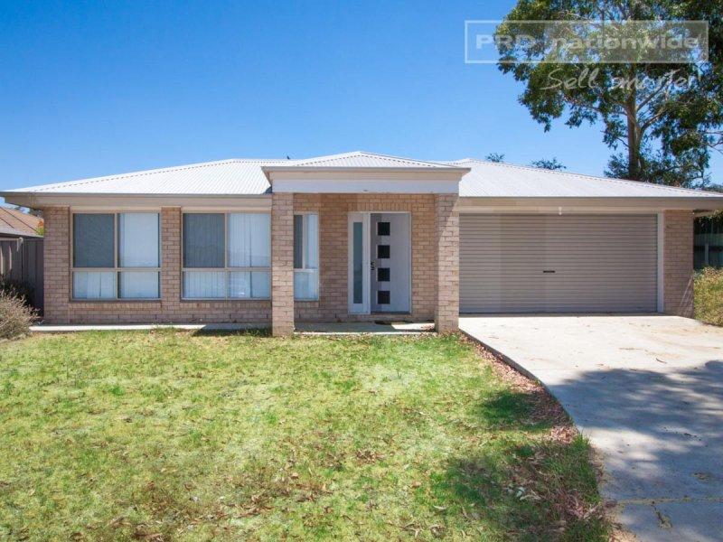 1/10 Kimberley Drive, Tatton, NSW 2650