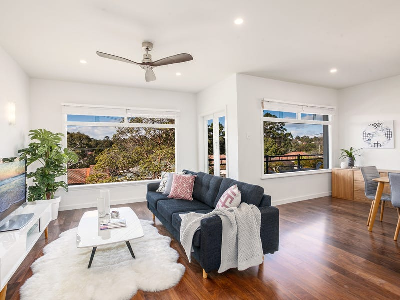 82 Yellagong Street, West Wollongong, NSW 2500