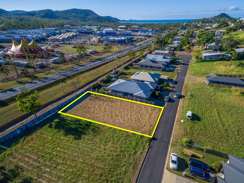56 South Molle Boulevard, Cannonvale