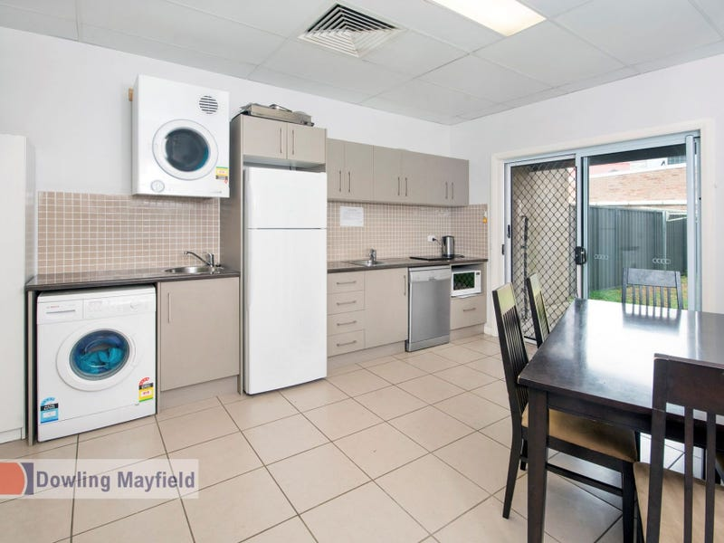 3/246 Maitland Road, Mayfield