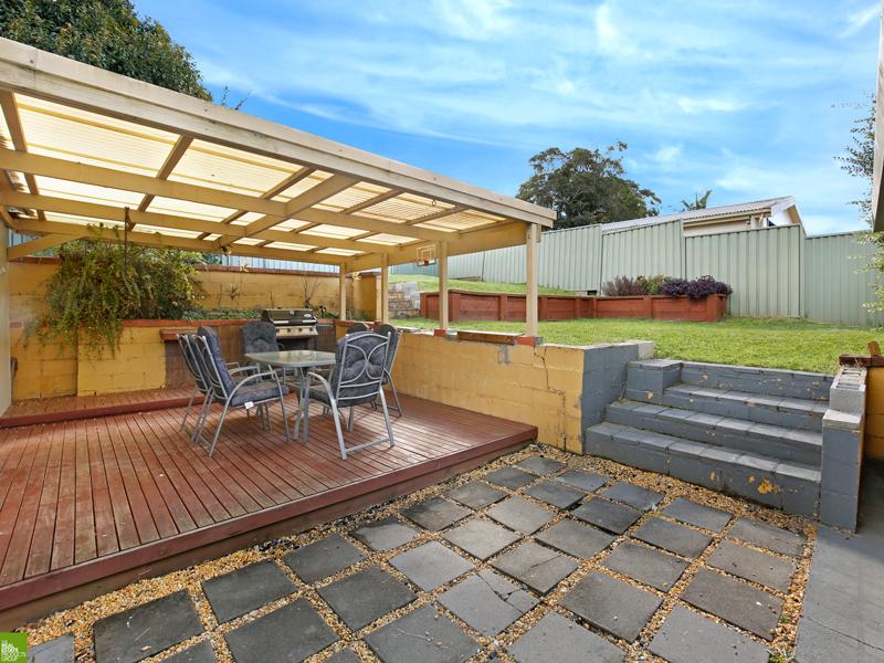104 Edgeworth Avenue, Kanahooka, NSW 2530
