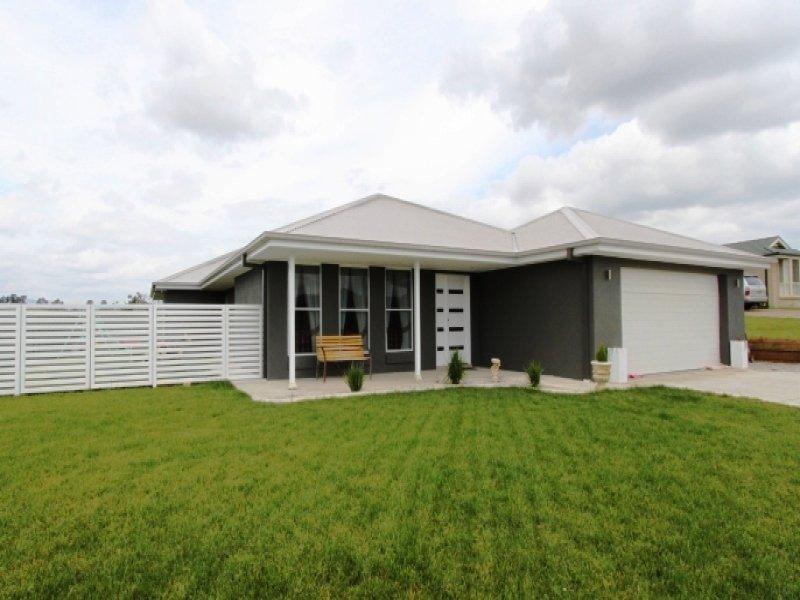4 Ruby Place, Bathurst, NSW 2795