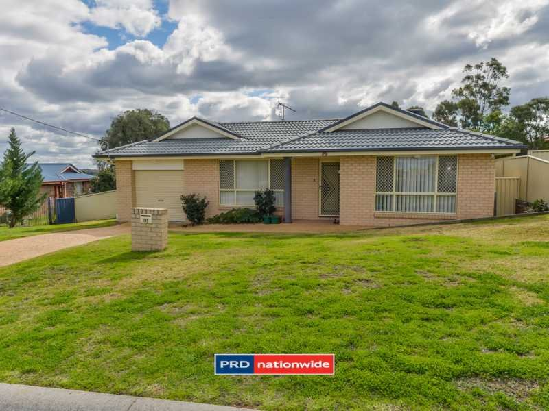 115 Glengarvin Drive, Oxley Vale, NSW 2340