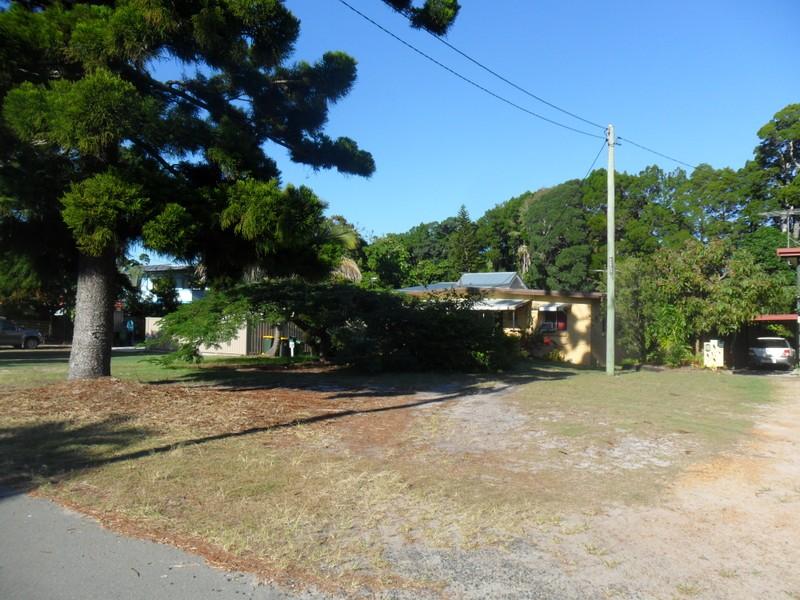 12 Nulu Street, Bongaree, Qld 4507