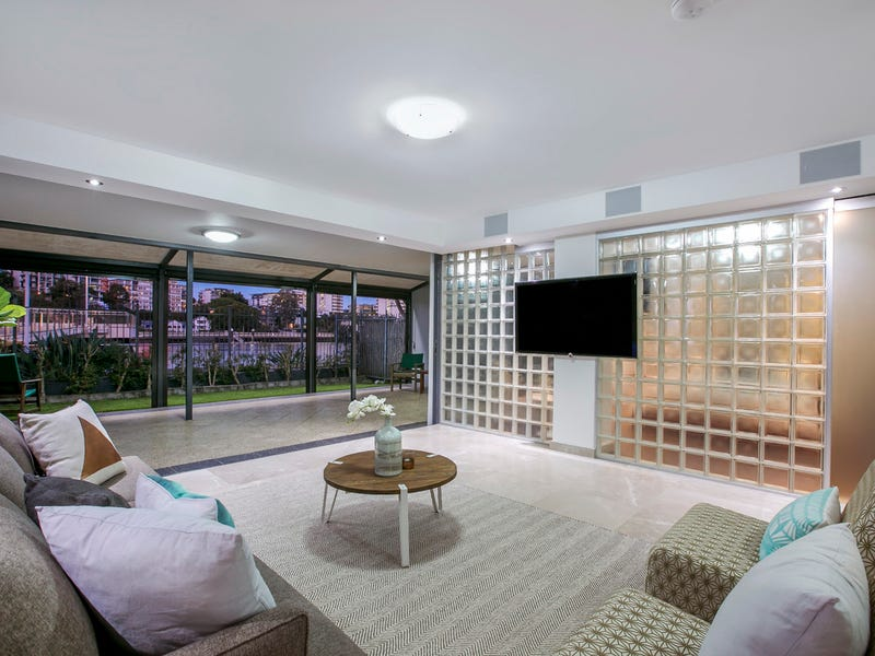 108/1 Holman Street, Kangaroo Point, Qld 4169