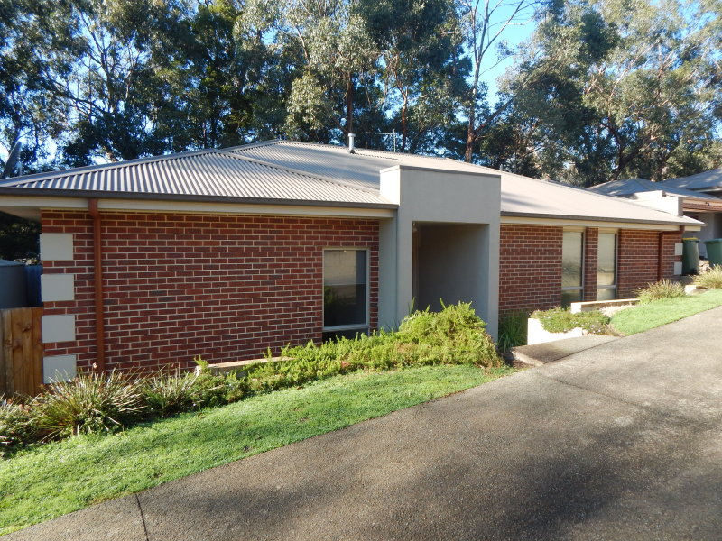 Unit  2/1 Crescent Road, Yarra Junction, Vic 3797