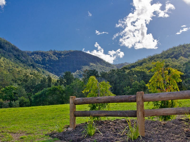 The Bluff Estate, Cedar Creek, Qld 4520