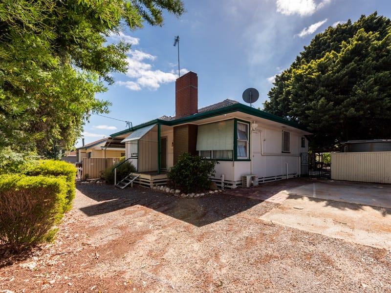 22 Roe Street, Narrogin, WA 6312