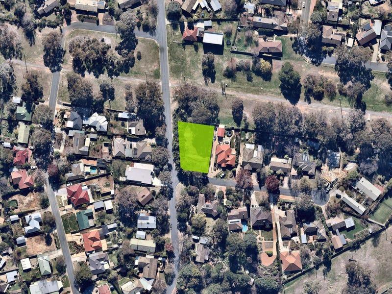 1 Warren Place, Chifley, ACT 2606