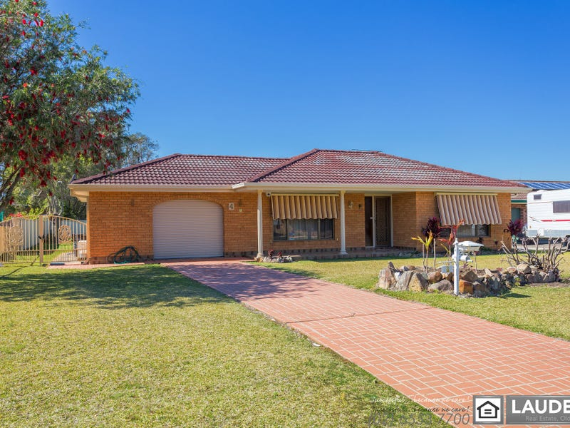 4 Joel Drive, Old Bar, NSW 2430