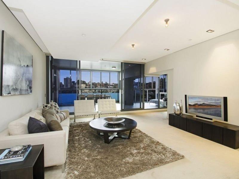 202/8 Glen Street, Milsons Point, NSW 2061