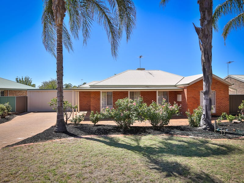 11 Tower Court, Buronga, NSW 2739