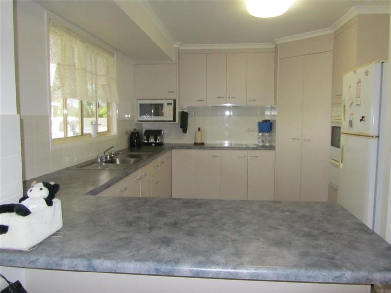 391 Moore Park Road, Welcome Creek, Qld 4670