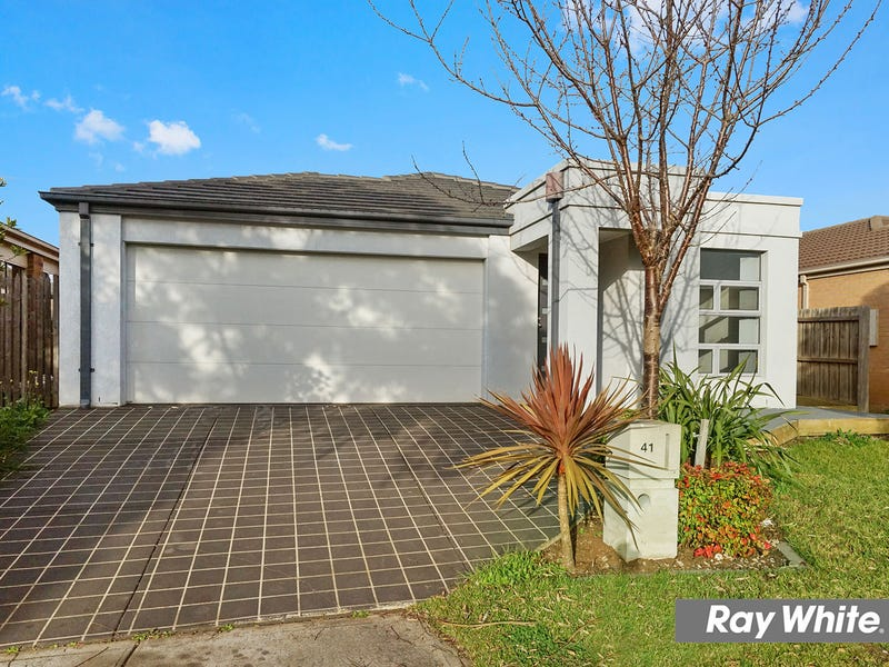 41 Billabong Crescent, Tarneit