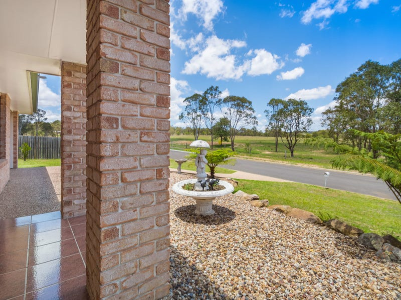 28 Parkland Drive, Crows Nest, Qld 4355