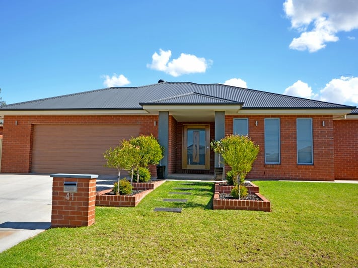41 Gillmartin Drive, Griffith, NSW 2680