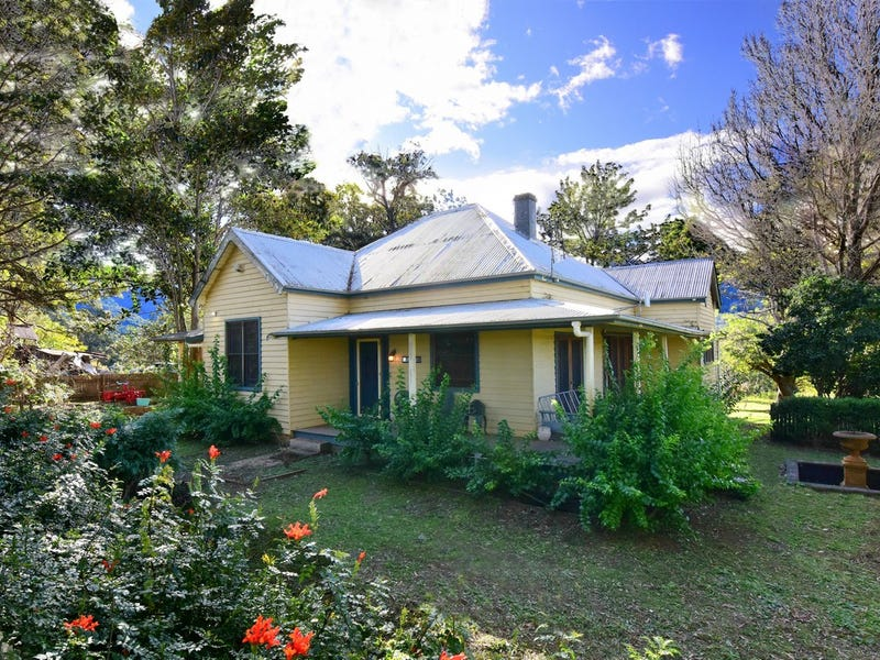 26 Browns Mountain Road, Tapitallee, NSW 2540
