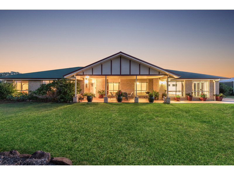 28 James Road, Goombungee, Qld 4354