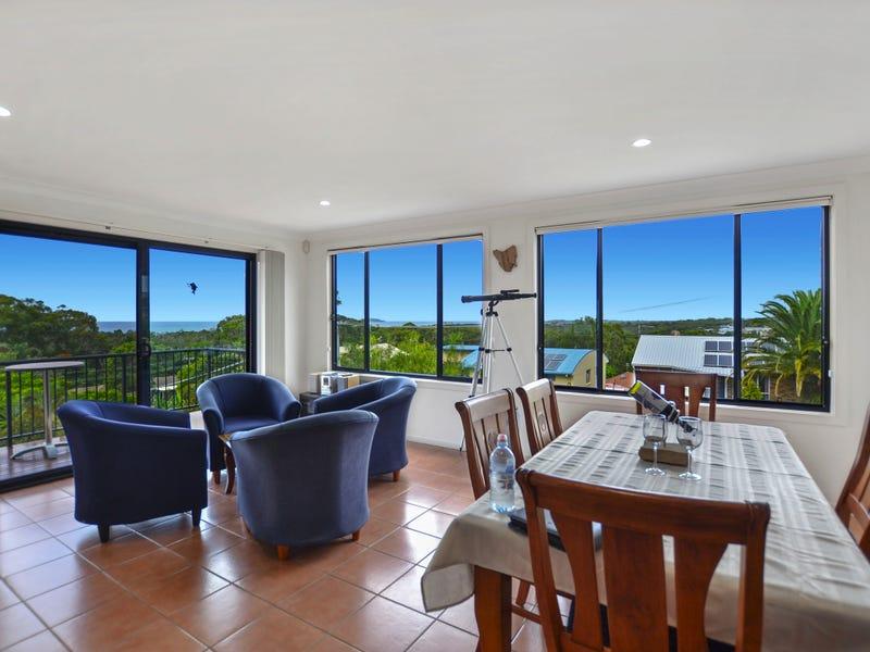 6 Houlahan Cl, Woolgoolga, NSW 2456