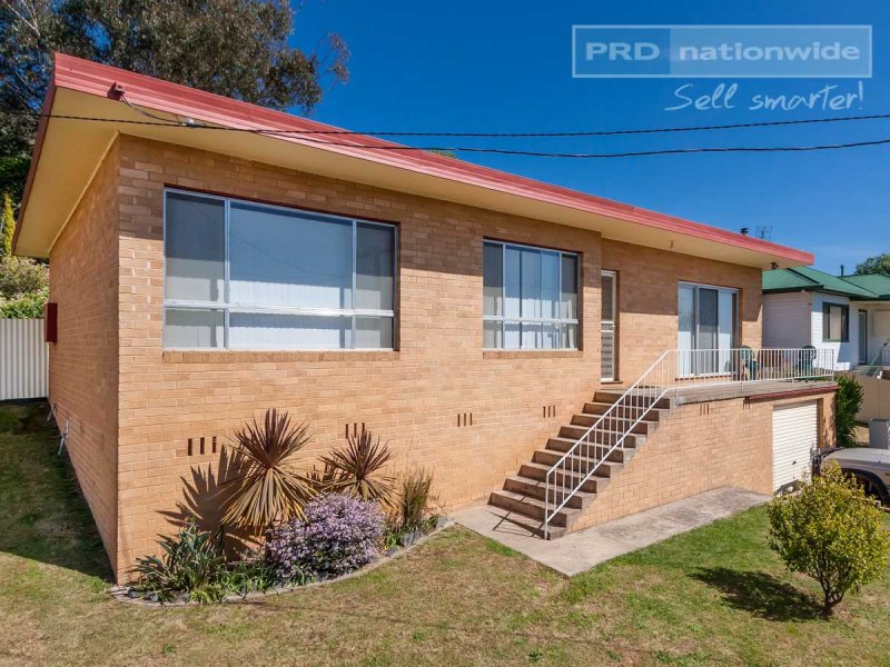 30 Sunnyside Avenue, Batlow, NSW 2730