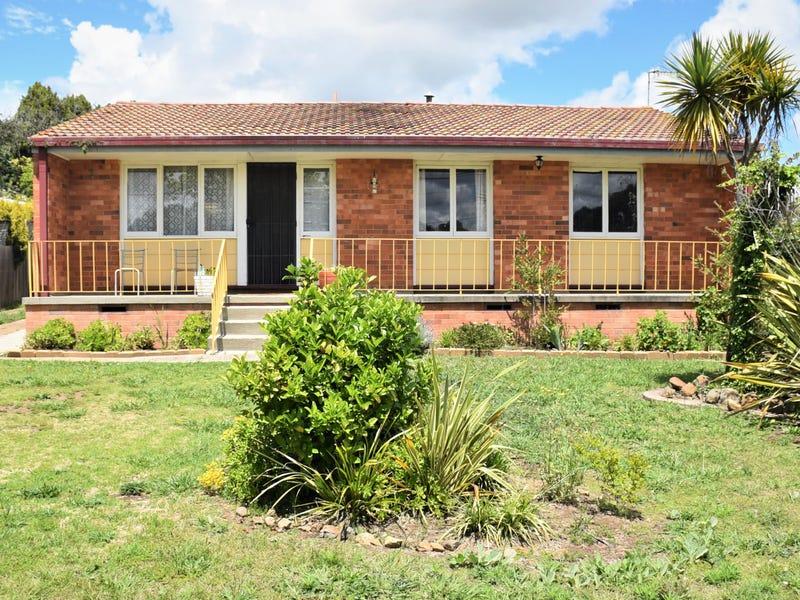 19 Robinson Avenue, Glen Innes, NSW 2370