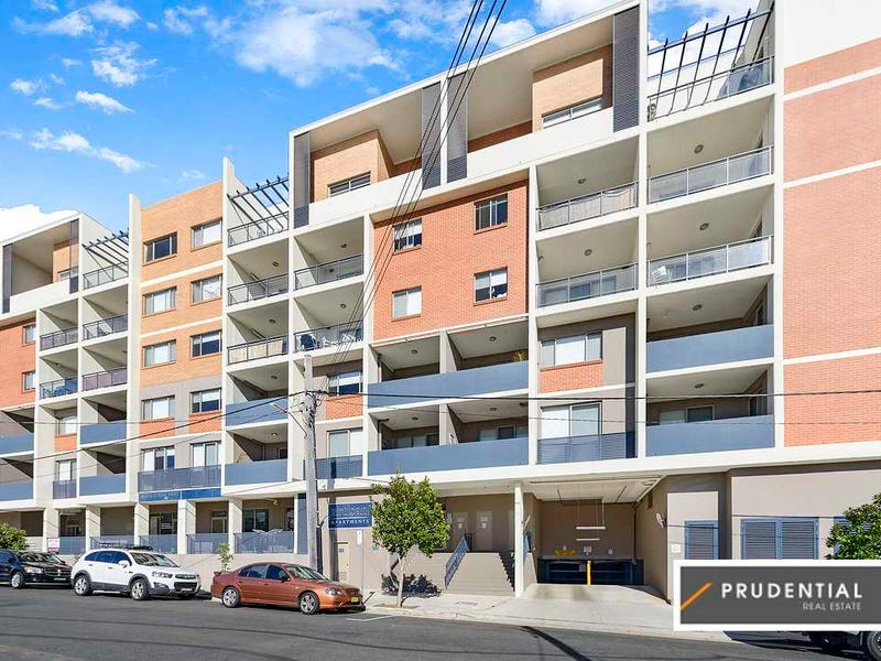 62/3-9 Warby Street, Campbelltown, NSW 2560