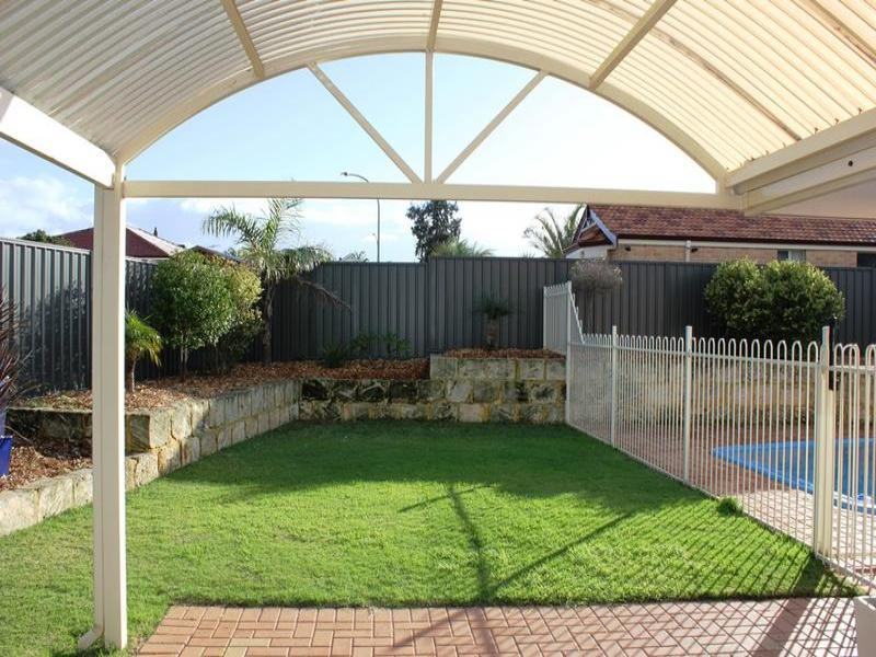 6 Carisbrooke Loop (SETTLED 25/10/2012), Hocking, WA 6065