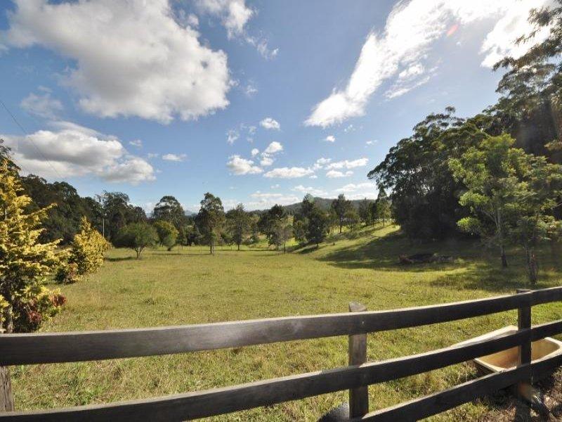 300 Irvines  Road, Tewinga, NSW 2449