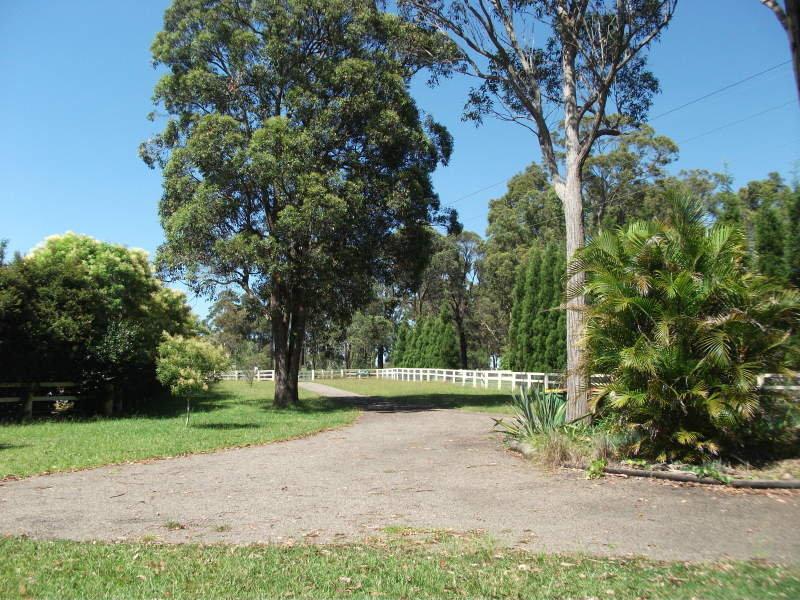 4 Kiera Lane, Alison, NSW 2259