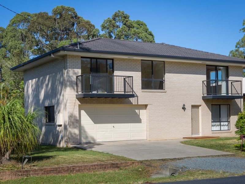 18 Fiddaman Road, Emerald Beach, NSW 2456