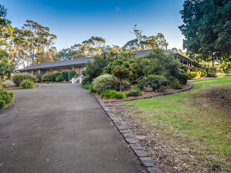 81 Mt Morton Road, Belgrave South, Vic 3160