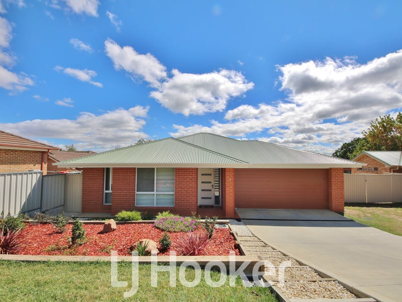 7 Dees Close, Gormans Hill, NSW 2795