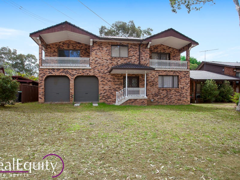 19 Bangalow Avenue, Chipping Norton, NSW 2170
