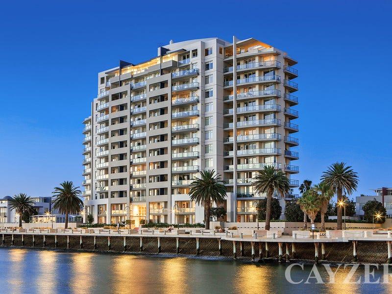 902/115 Beach Street, Port Melbourne, Vic 3207