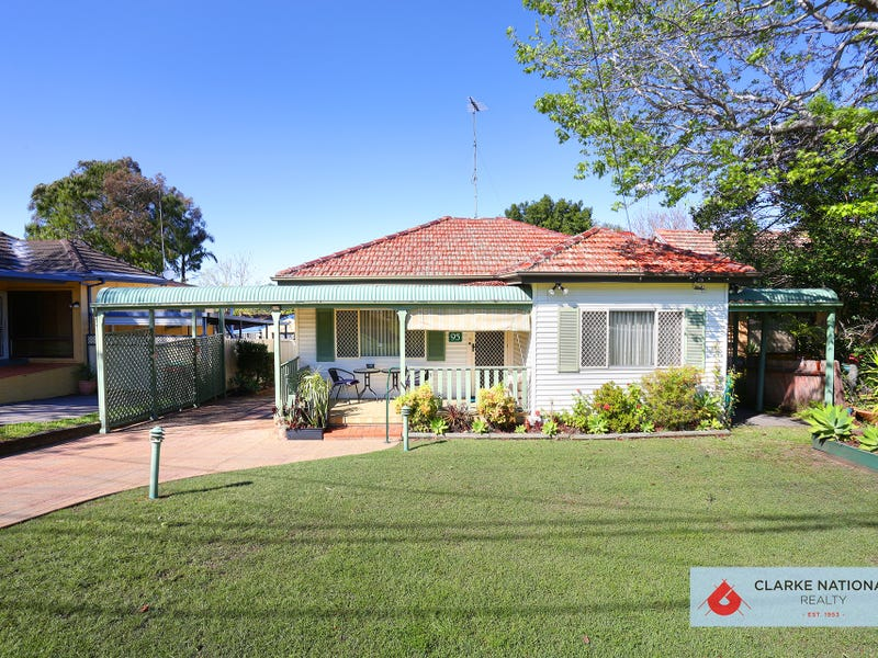 95 Burns Road, Picnic Point, NSW 2213
