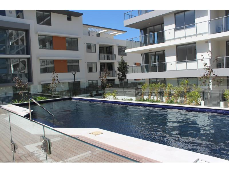 302/8 Marine Pde, Wentworth Point, NSW 2127