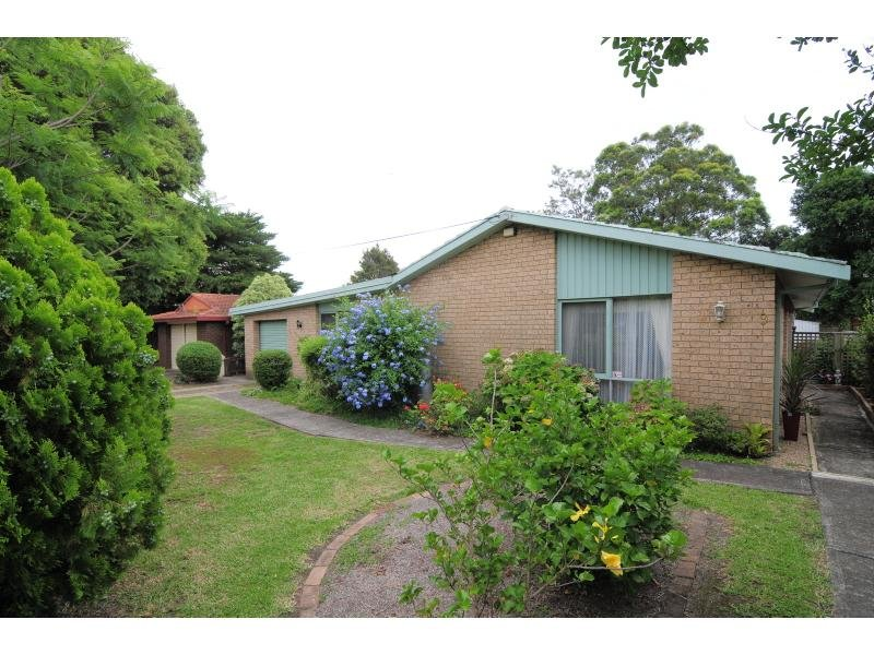 9 Greenwell Point Road, Nowra, NSW 2541